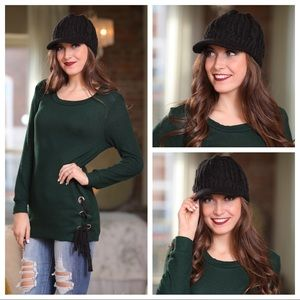 Black cable knit brimmed beanie hat